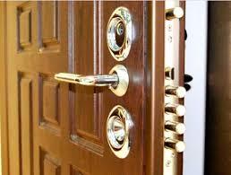 Переваги броньованих дверей, виготовлених на замовлення